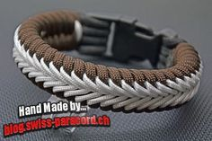 Center Stitched Fishtail paracord bracelet - make with custom cored 550 & fishing braid Paracord Tutorial, Bracelet Tutorial, Paracord Braids, Paracord Bracelets, Bracelets For Men, Knot Bracelets, Survival Bracelets, Swiss Paracord, 550 Paracord