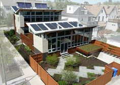 Glam Chicago home hides its 48 rooftop solar panels