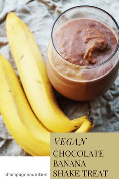 Vegan Chocolate Banana Shake Treat With Almond, Frozen Banana, Cocoa Powder, Ice Chocolate Shake, Chocolate Flavors, Vegan Chocolate, Chocolate Recipes, Best Smoothie Recipes, Good Smoothies, Breakfast Smoothies, Healthy Brownies, Healthy Treats
