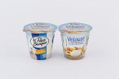 Yaourt Velouté au lait de Brebis sur Lit de Peche Abricot Photographe Professionnel a Bordeaux | Sebastien Huruguen