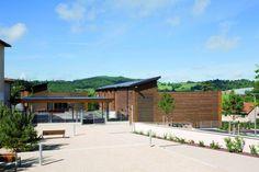 School in Montrottier / Tekhnê Architects