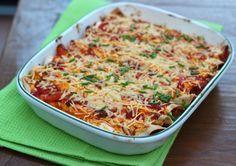 In onze food photos hadden we een foto geplaatst van onze wraps uit de oven en hier is nu eindelijk het recept! Het is een heel lekker basis recept waaraan je zelf nog allerlei ingrediënten kunt toevoegen. Om het recept helemaal gemakkelijk te maken kun je ook een zakje met voorgesneden groenten gebruiken. Tijd: 20 min. + …