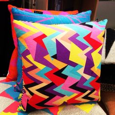 Kapitza Cushions now at Indish Design Shop in London #kapitza #cushions #geometric #pattern #happycolors #color #interiordesign #interior #decoration #homedecor #hometextile