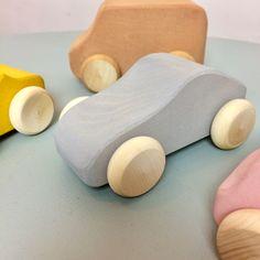Voiture en bois Raduga Grez Wooden Toys, Boutique, Car, Wooden Car, Kid, Wooden Toy Plans, Wood Toys, Automobile, Woodworking Toys