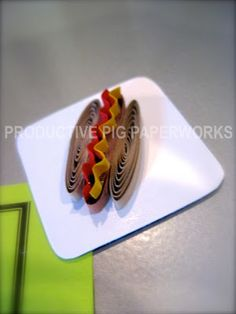 Quilled Hot dog