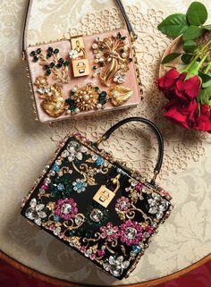Dolce e Gabbana Women's Accessories, Cute Bags, Luxury Bags, Beautiful Bags, My Bags, Evening Bags, Purses And Handbags, Fashion Bags, Fashion Handbags