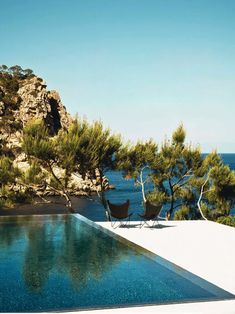 60 Of The Most Spectacular Contemporary Pools Presented on DesignRulz | DesignRulz