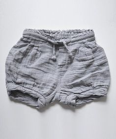 Made from 100 percent muslin cotton, these shorts are supremely soft and breathable for Baby. An elastic waistband and adjustable drawstring offer a comfortable fit and easy dressing.