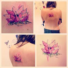 Watercolortattoo tatuaje acuarela lluch loto flower
