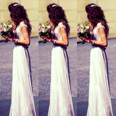 El at Jay's wedding today, she looks absolutely gorgeouss!