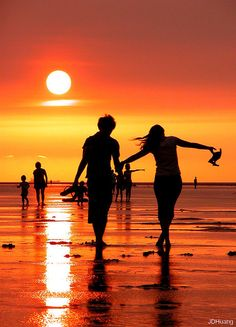 """She'd help me remember that our first date was at the beach . the beach hasn't changed much for us since then . I would often tell her that """"she was as beautiful as a Florida Sunset"""". The Beach, Beach Bum, Sunset Beach, Summer Sunset, Summer Paradise, Beach Walk, Beach Sunsets, Sunset Sky, Long Beach"""