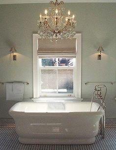 THE MAIN EVENT! Nate Berkus - tub in front of window - oh gosh... soooooo.... sigh.... lovely.