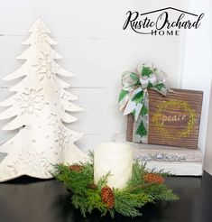 Create beautiful Christmas decor with the Peace, Joy Christmas Farm, Christmas Crafts To Sell, Handmade Christmas Gifts, Crafts To Do, Christmas Themes, Christmas Decorations, Diy Crafts, Table Decorations, Beautiful Christmas