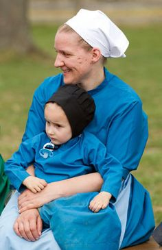 Rare look inside Amish community - Photo 1 - Pictures - CBS News
