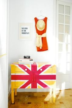 funkytime-union-jack-cupboard - inspiration