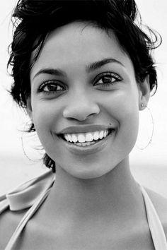 Rosario Dawson beautiful smile with white teeth. Ofdentalcare.com #OralHealth #BeautifulTeeth