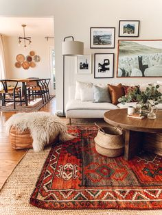 Home Interior Design - Vintage Teppiche - cool ideas - home design - Boho Living Room, Living Room Interior, Home Interior Design, Home And Living, Living Spaces, Interior Decorating, Living Room Vintage, Interior Rugs, Bohemian Interior Design