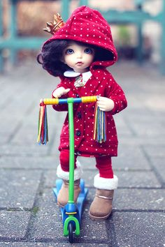 Christmas Scooter!!! by Lucy-Loves? on Flickr.