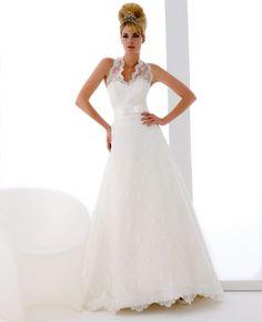 Model: Florence - Collezione Chanel di Gloria Saccucci Spose