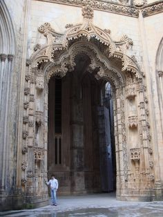 Portal to the unfinished chapels, Mosteiro da Batalha - Monastery of Batalha in the district of Leiria, Portugal UNESCO World Heritage Site Portal, Grand Entrance, Entrance Doors, Gothic Architecture, Amazing Architecture, Unique Doors, Door Knobs, Barcelona Cathedral, Facade