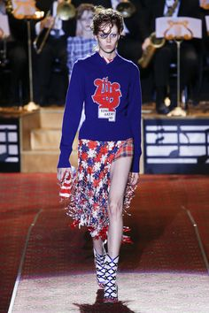 Marc Jacobs Spring 2016 Ready-to-Wear Fashion Show