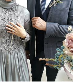 The happiest day … Wedding rings, engagement rings, rings … – Best Of Likes Share Wedding Couple Poses Photography, Photography Poses, Cute Muslim Couples, Foto Pose, Love Couple, Ring Verlobung, Couple Pictures, Wedding Couples, Wedding Ideas