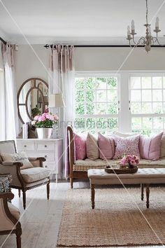 Elegant Home Decor Ideas For Classy Looking Living Space , Decorating the living room can be a hard task when you've got a limited budget. It is critical that you've got a living room that's beautifully design. Elegant Home Decor, Elegant Homes, Romantic Homes, Living Room Decor, Living Spaces, Comfortable Living Rooms, Home Office Design, Cushions On Sofa, Pink Cushions