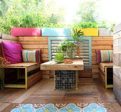 Möbel aus Paletten selber bauen - Sofa und Kaffeetisch für den Balkon