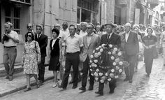 Schindler's funeral. His survivors follow the coffin through the streets of the Jerusalem Old City on the way to the Latin cemetery - This Day in History: Oct 9, 1974: Oskar Schindler dies