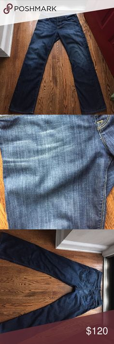 EUC men's Hudson 32 jeans EUC men's Hudson 32 jeans   Cut# A01418 style #M535DHA color #CBE shade# B button fly. Feel free to make an offer privately and if it is reasonable I will accept 😊 Hudson Jeans Jeans Relaxed