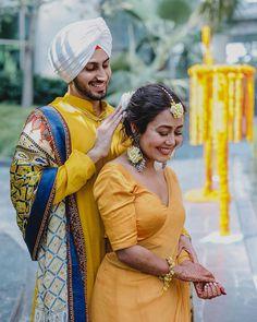 Wedding Couples, Cute Couples, Romantic Couples, Marathi Wedding, Punjabi Couple, Haldi Ceremony, Wedding Ceremony, Couple Photoshoot Poses, Bridal Photoshoot