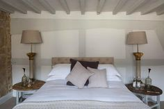 Winchcombe, UK: The Lion Inn - Room 2