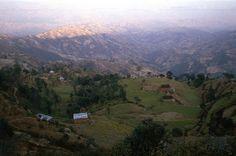 NP183506 Nepal Nagarkot Kathmandun laaksossa 1995 Bhutan, Nepal, Mountains, Nature, Travel, Naturaleza, Viajes, Destinations, Traveling
