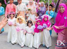 Boy  Adibah  #DukunKamera #throwback  #pengantin #MalaysianWedding #Malaysia #Wedding #malaywedding #photography #groom #bride #weddingphotographer #sayajual #fotografiperkahwinan #Kahwin #gambarkahwin #potd #2015  Whataspp : 60126852001 Email : dukunkamera@gmail.com by dukunkamera