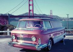 """Sharing Chevrolet Nomad roof theme, the GMC L'Universelle """"dream truck"""" foreshadows minivan traits including front-wheel-drive. Despite GMC branding, font-end look says Chevrolet. Station Wagon, Cool Trucks, Chevy Trucks, General Motors, Concept Cars, Gmc Vans, Camper, Automobile, Panel Truck"""