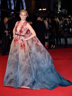 Elizabeth Banks in Elie Saab Haute Couture