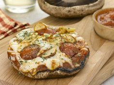 Portebella Mushroom Pizza & 12 Delish Substitutes When Trying To Cut Carbs