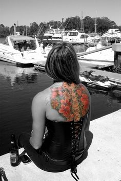 Wild photo effect to highlight her tat