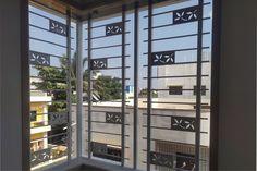 Home Window Grill Design, Window Grill Design Modern, Balcony Grill Design, Grill Door Design, Window Design, Modern Design, Cnc, House Main Gates Design, Metal Grill