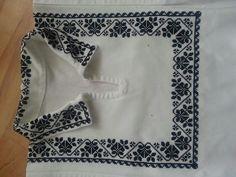 MP663 Stitch 2, Cross Stitch, Embroidery Art, Embroidery Designs, Canadian Smocking, Folk Art, Elsa, White Shorts, Rose Design