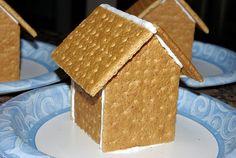 DIY Graham Cracker Gingerbread Houses {Tutorial} - Happiness is Homemade