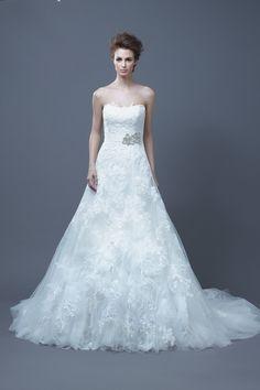Romantic lace wedding dress by Enzoani