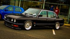 Bmw 535i, E30, Bmw Classic Cars, Stance Nation, Scion, Jdm Cars, Retro Cars, Slammed, Car Pictures