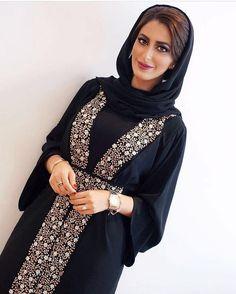 #Repost @jmal_uae with @instatoolsapp @asmahan_alnaqbi #جمالو #abayas #l4l #intm