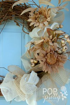 Fall wreath with natural texture vs traditional Fall color  apopofpretty.com