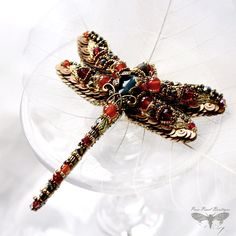 Filigree Dragonfly jewelry - Dragonfly brooch - bead embroidered Insect jewelry inspired by Nature from collection Bronze Age. Unique designers jewelry - beautiful gift for mom, gift for wife, gift for sister - gift women..  The Dragonfly brooch is carefully bead embroidered on imitation of leather using Agate, Czech crystals, seed beads, sequins, gold colour threads and metallic decorative elements. * Size: Wingspan 3.3 inches (8,5cm), from head to tail approx. 3.5 inches (9cm) * Basic…