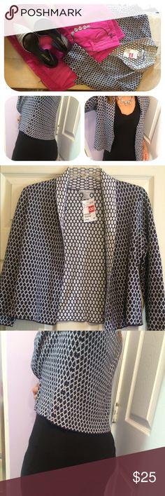 Cardigan blazer Black and white geo print cardigan blazer.  Dress up or down.  White and black reverse geo print inside, however it's NOT REVERSIBLE. H&M Tops