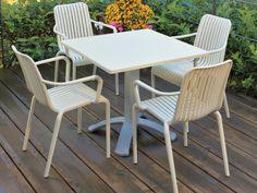 Gaber - Open | Envie d'une chaise plus classique qui ne se démode pas? La chaise d'extérieur Open rendra votre terrasse délicieusement chic cet été  need info / besoin d'info ? info@bureau111.ch