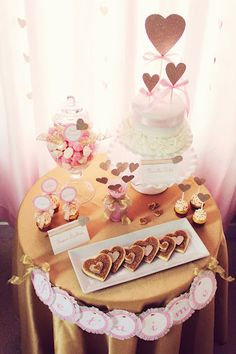 Pink & Gold Party Table