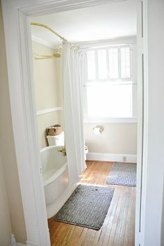 NC Rental - Upstairs Guest Bathroom First Look -
